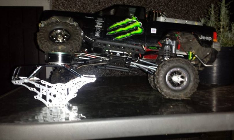 Reviewing Topcad's Piggyback Shocks for the Axial SCX10