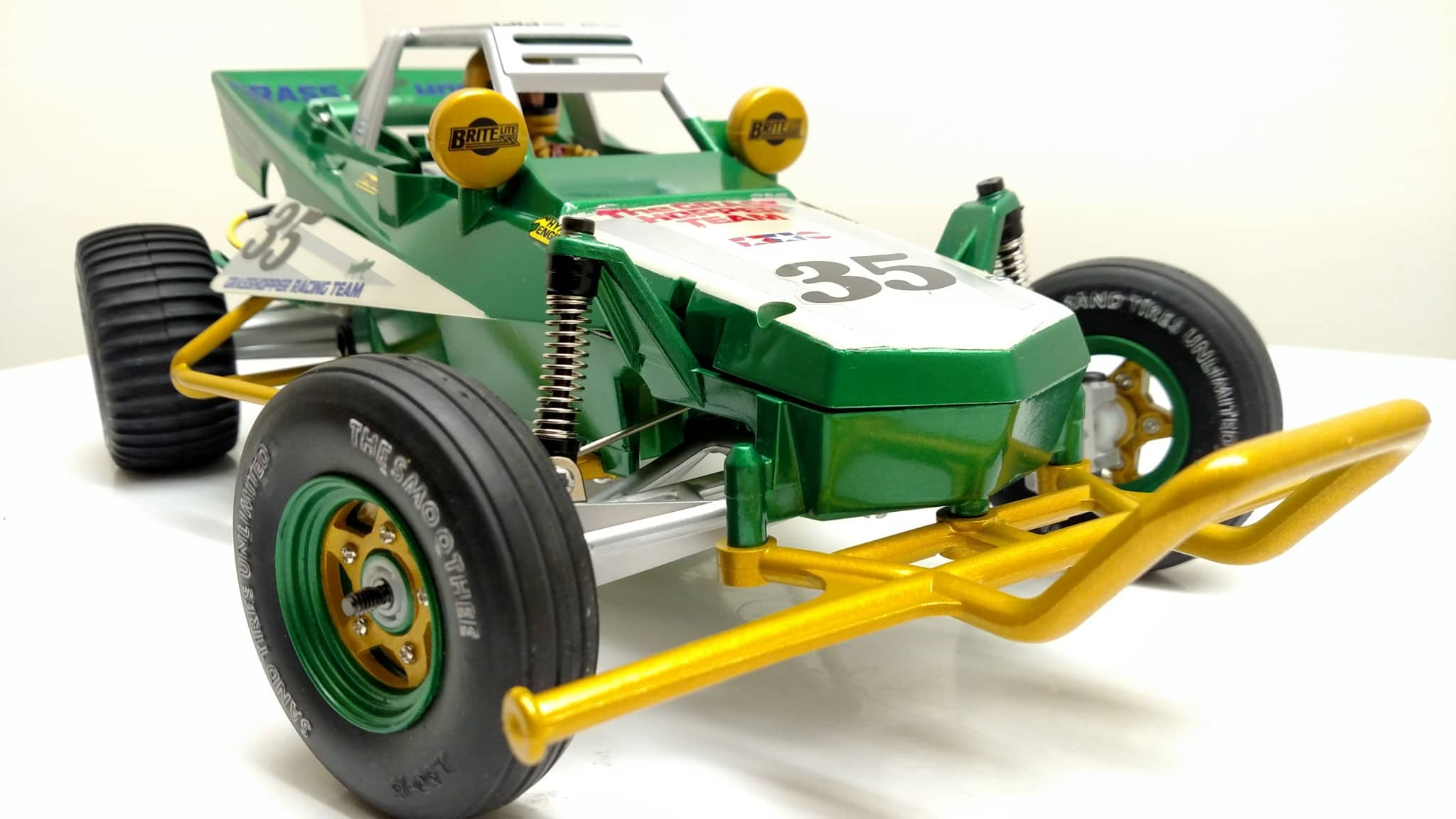 A Clean, Green Tamiya Grasshopper Build from 2RCProductions - RC Newb