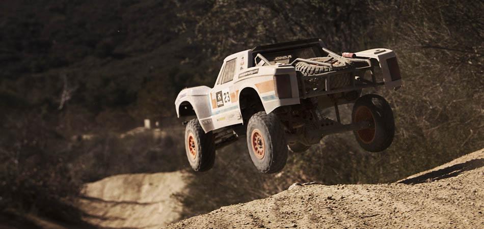 Axial Yeti SCORE Trophy Truck Kit - Jump