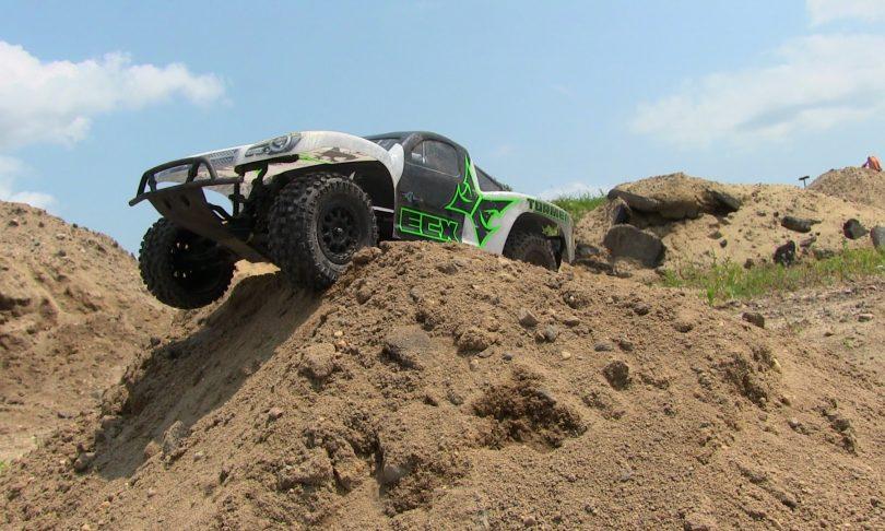 Extreme Bashing with an ECX Torment [Video]