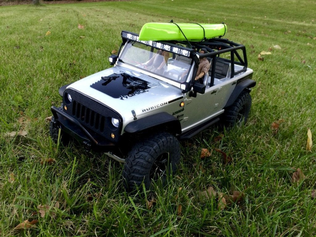 Axial SCX10 Jeep Wrangler Unlimited Rubicon RTR with Knight Customs Angry Eye Grille