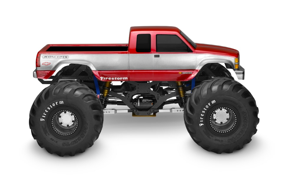 JConcepts Chevrolet Silverado Monster Truck - Side