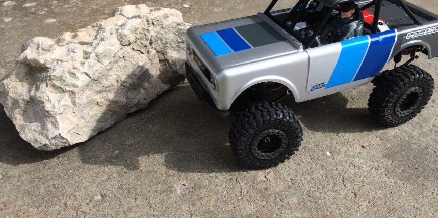 Reviewing Pro-Line's Ambush 4×4 1/25-scale Micro Crawler